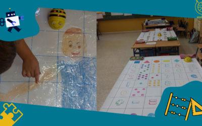 Estudiantes de 2º de primaria enseñan a futuros maestros el uso de robots programables para aprender
