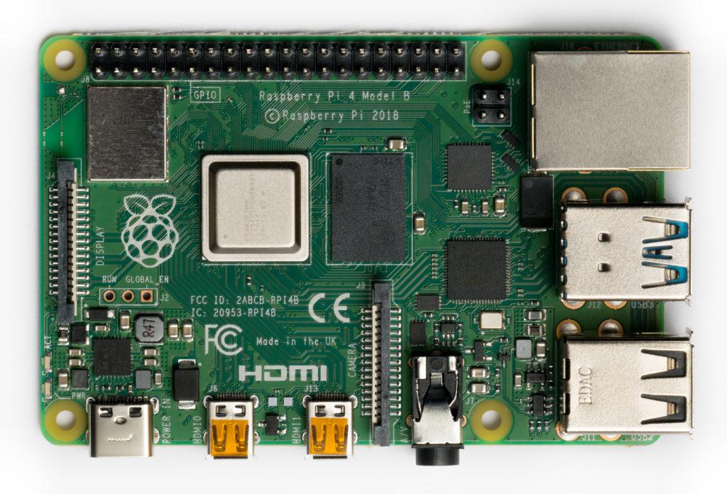 Raspberry Pi 4 Modelo B (dimensiones: 85mm x 53mm)
